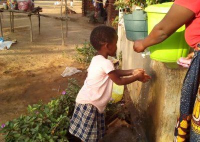 국립보건소와 환자 가정에 물양동이 지원 2020.07